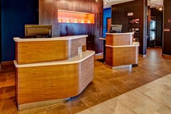 Hotel Pedestals