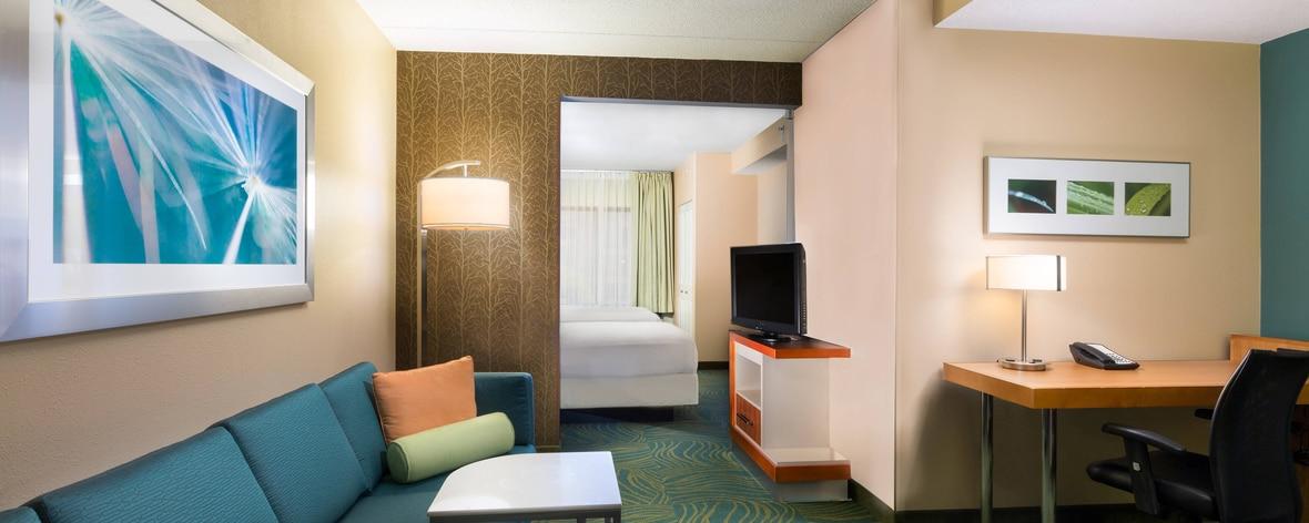 Austin Airport Hotel Suite