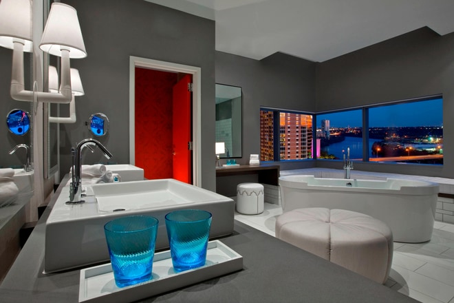 Extreme WOW Guest Bathroom