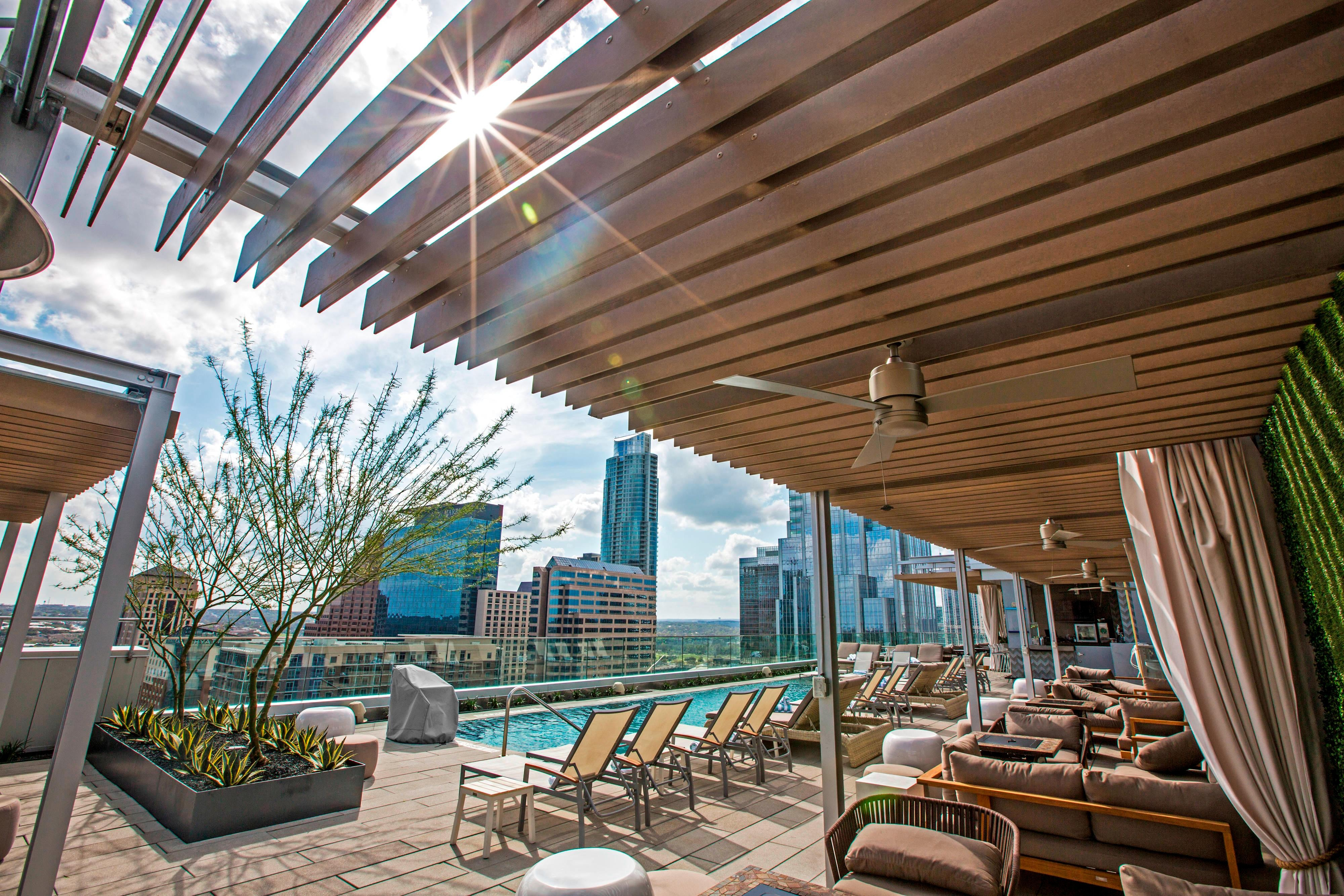 Azul Rooftop Pool Bar and Lounge