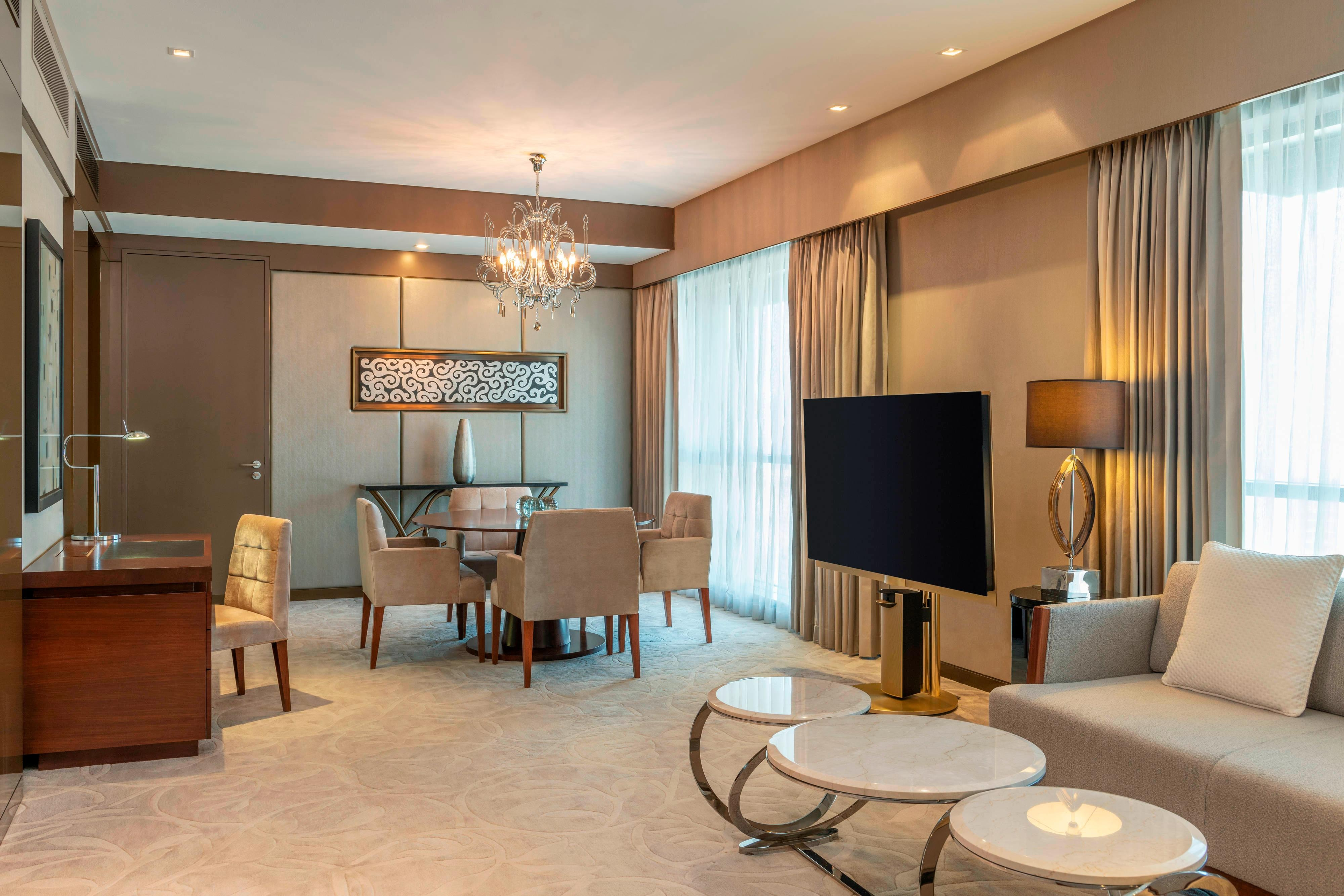 Pearl Suite - Living Area