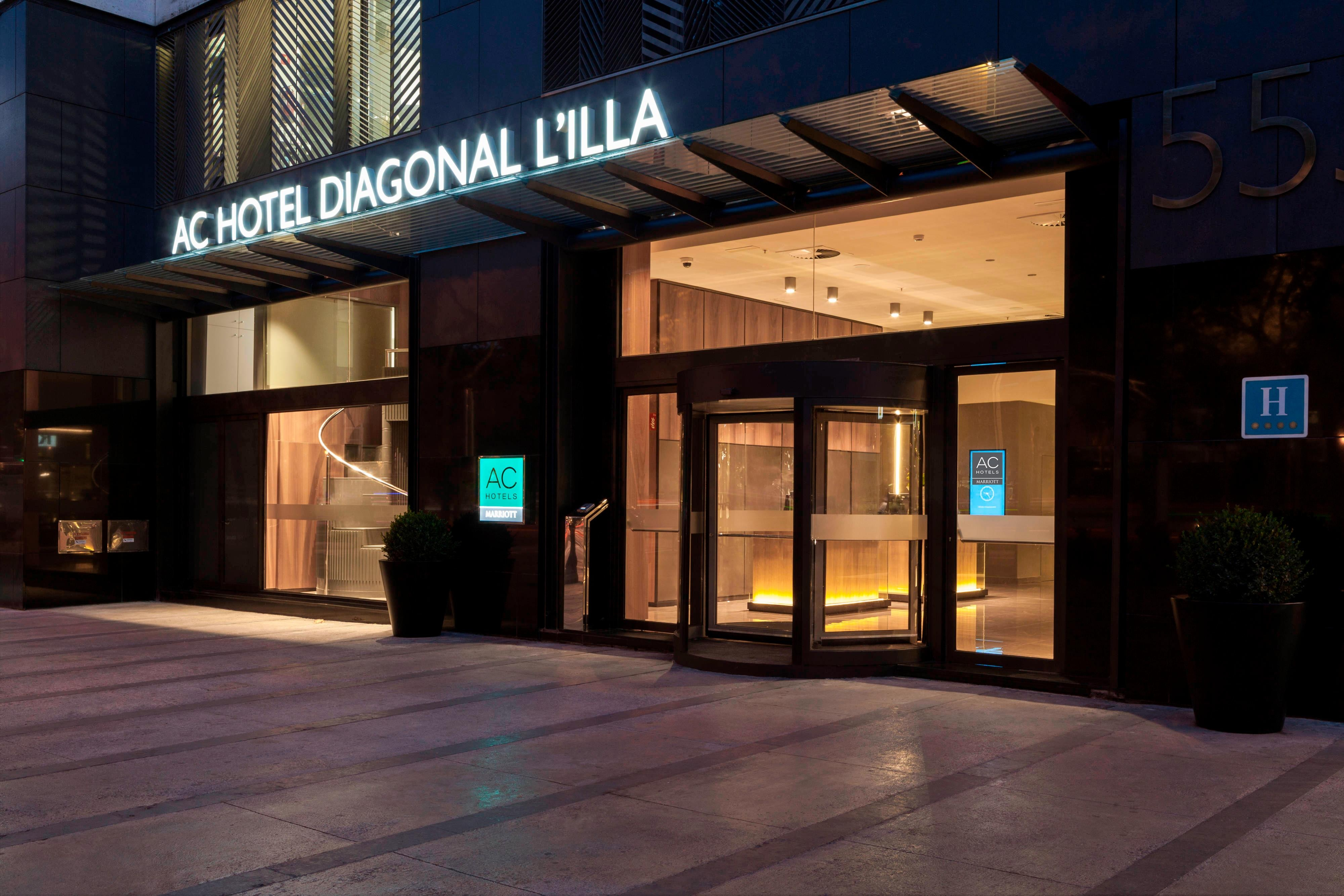 Entrance AC Hotel Diagonal L´Illa