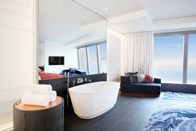 Cool Corner Suite