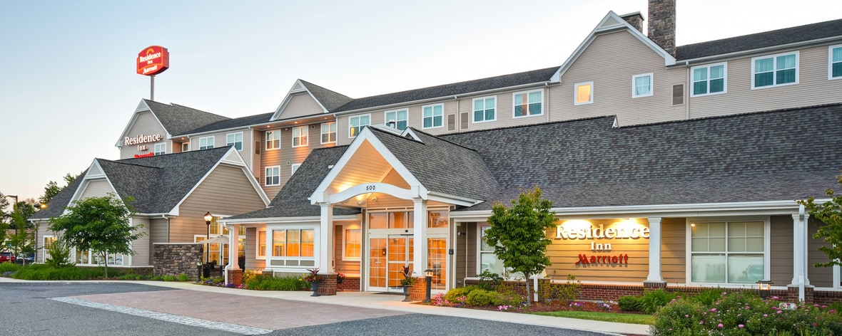 Chicopee Ma Hotels Hotels In Chicopee Residence Inn Springfield
