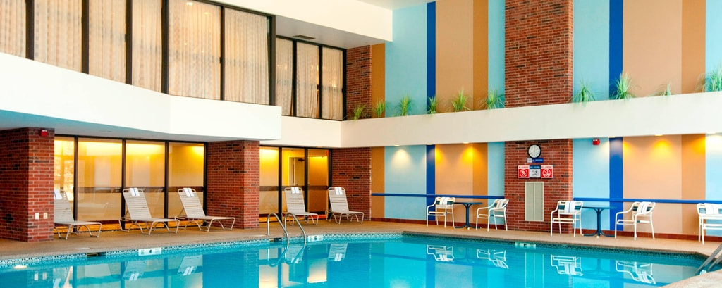 Hartford hotel indoor pool