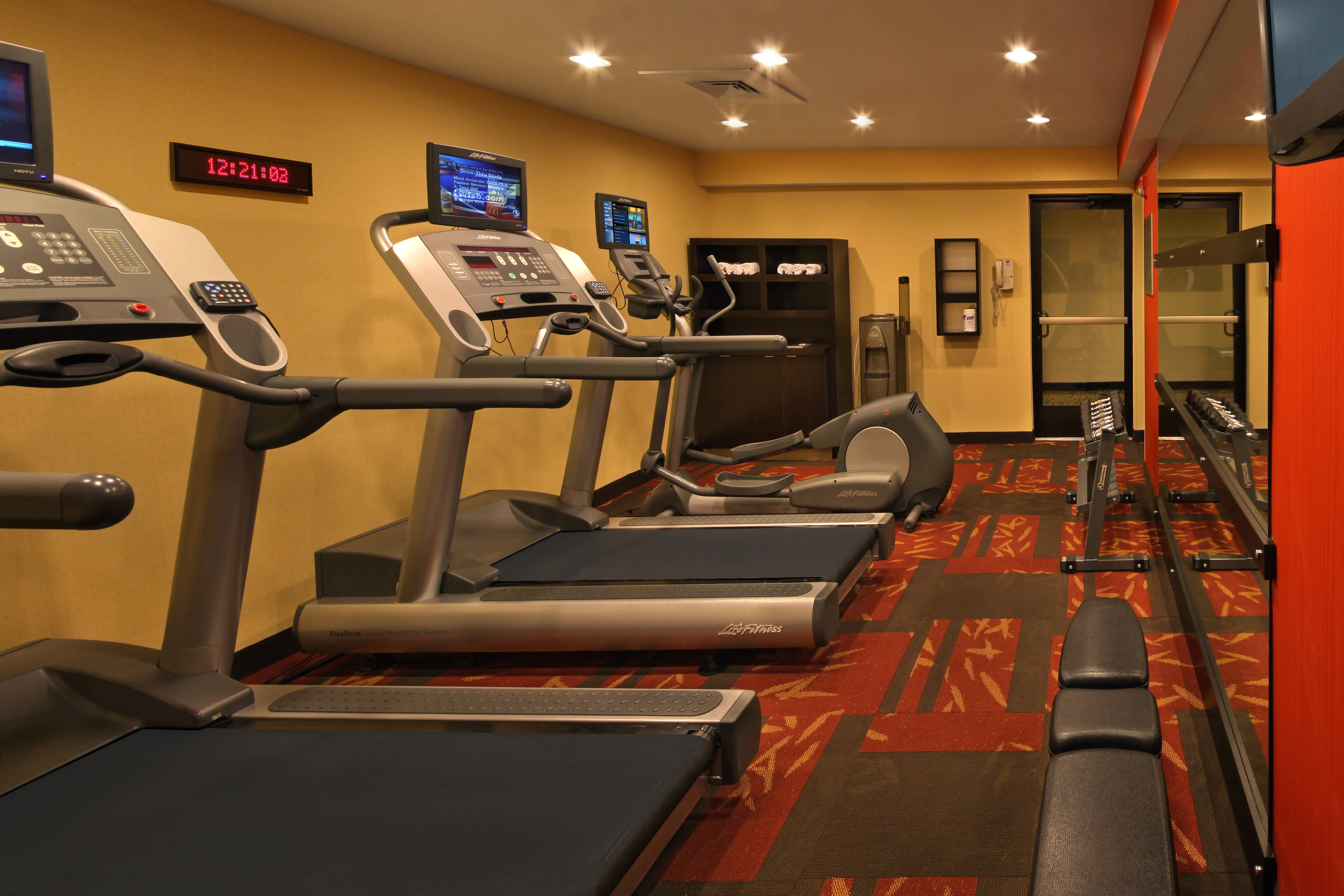 Hotel with gym in Hartford, CT