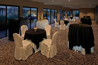 Promenade Meeting Room – Reception Setup
