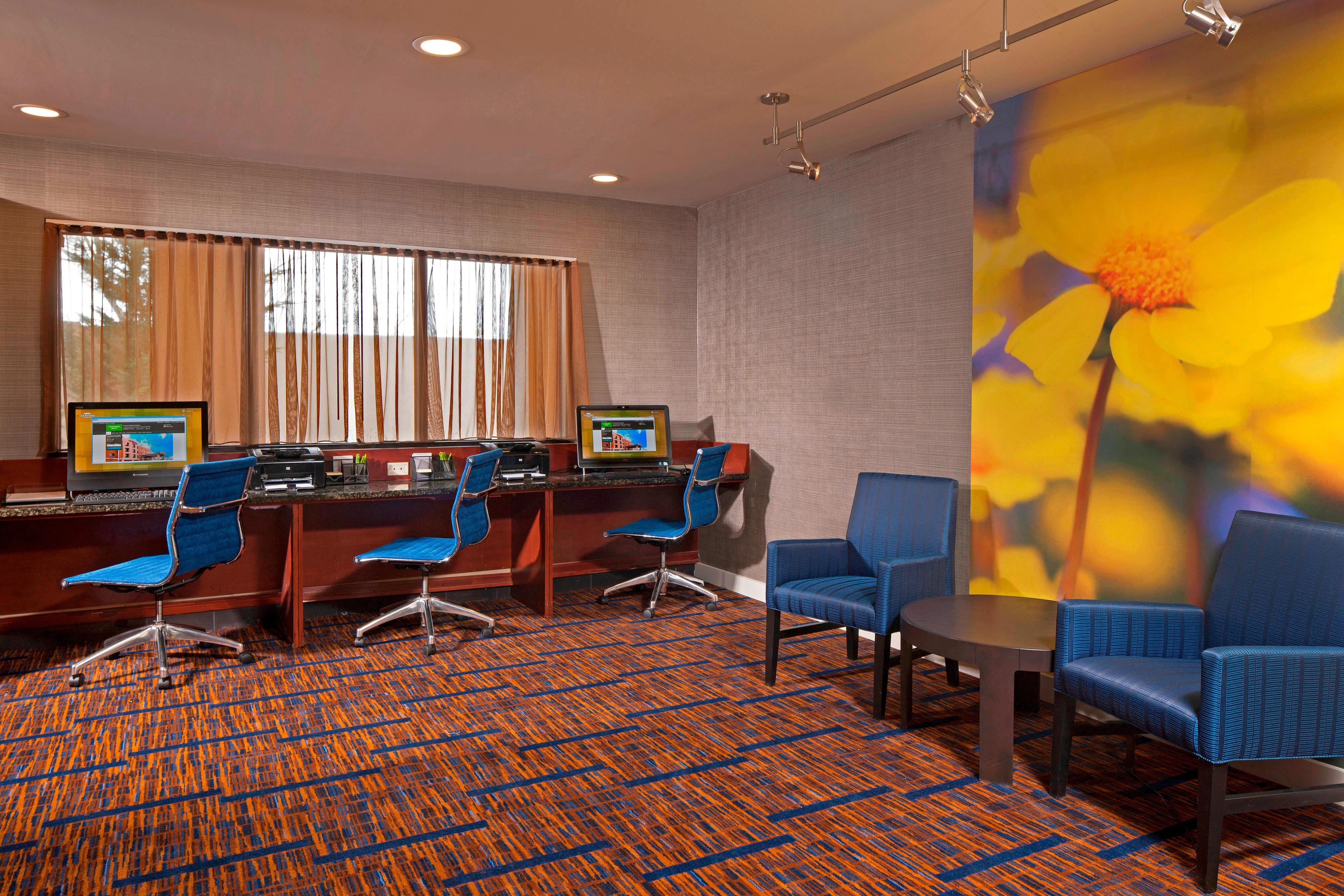 Farmington Hotel Business Center