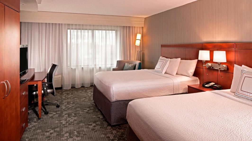 Farmington Hotel Room