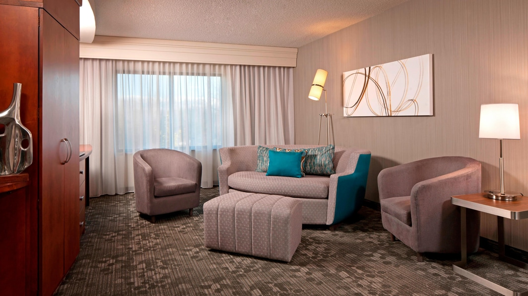 Farmington Hotel Suites