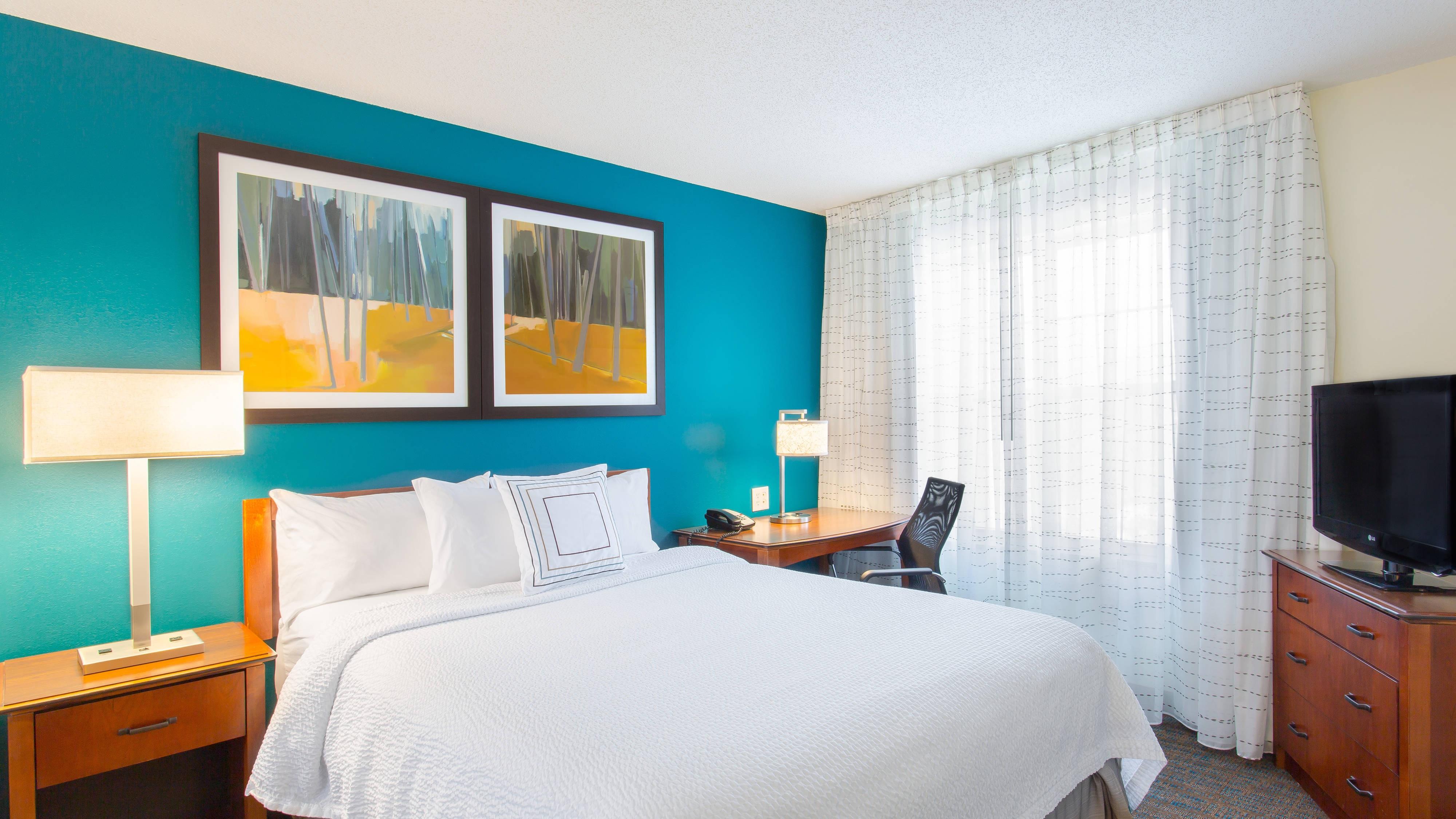 Suiten mit zwei Schlafzimmern in Rocky Hill