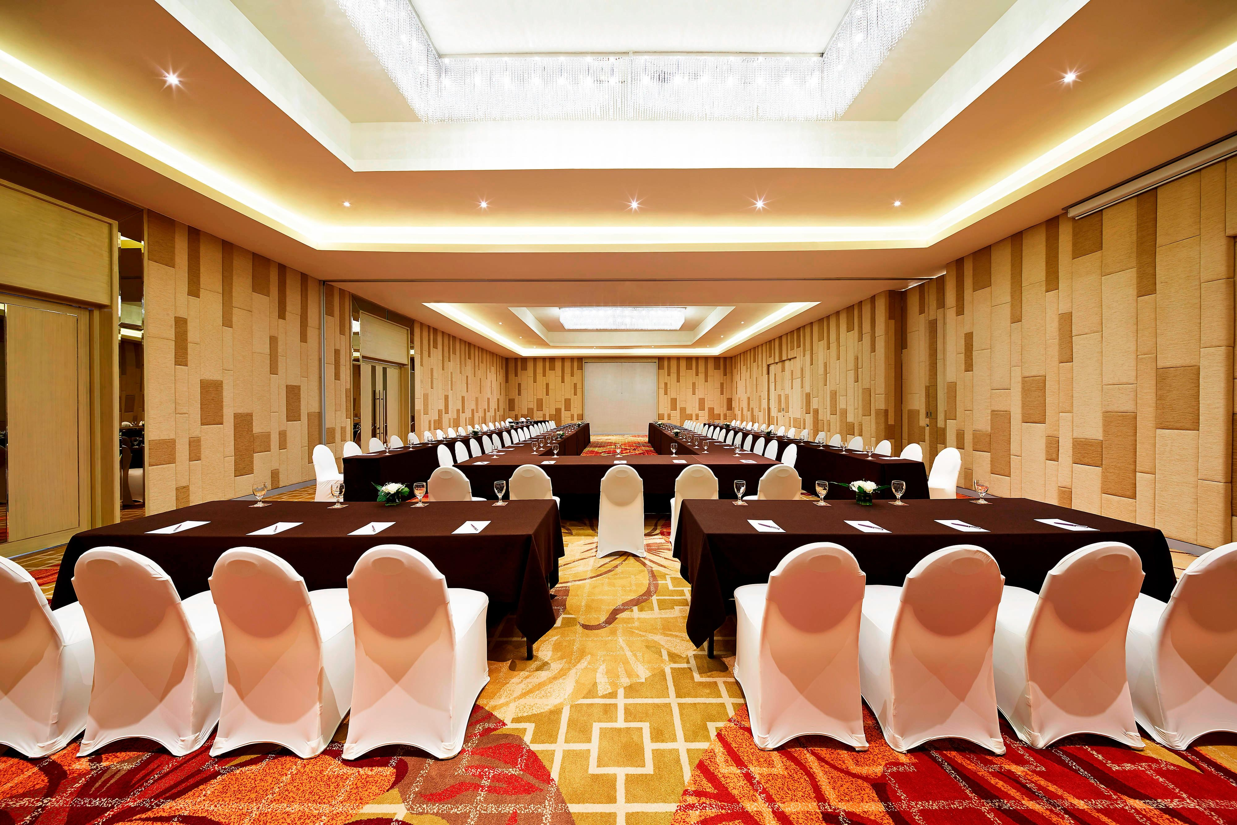 Gardenia Meeting Room