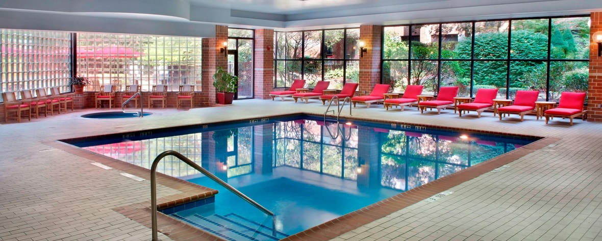 Indoor Pool Trumbull Hotel