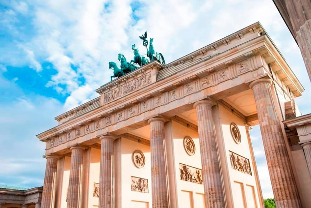 Brandenburg Gate near Hotel