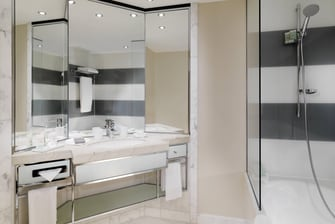 Bathroom of a Deluxe room at The Westin Grand Berlin