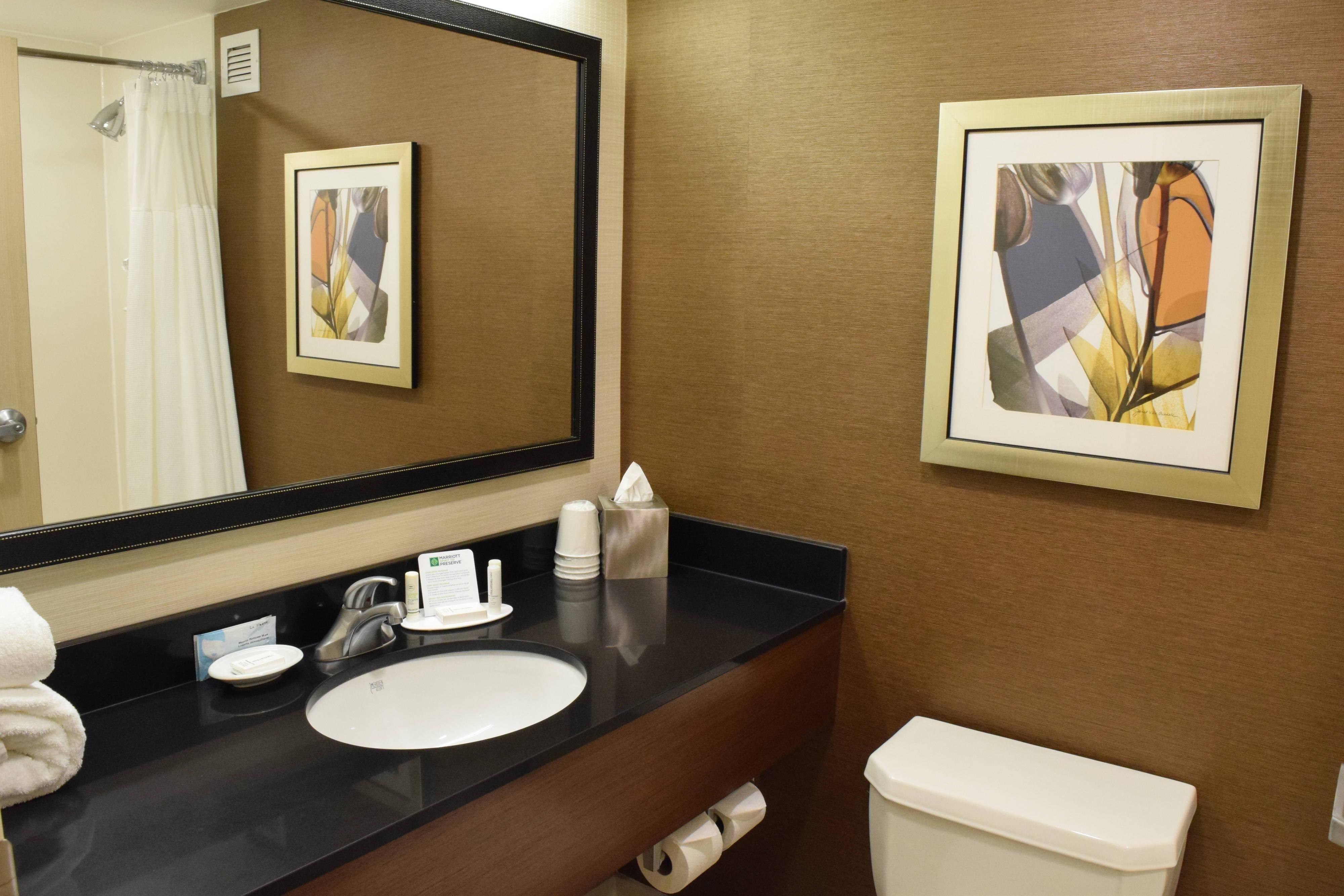 Chambre, salle de bains