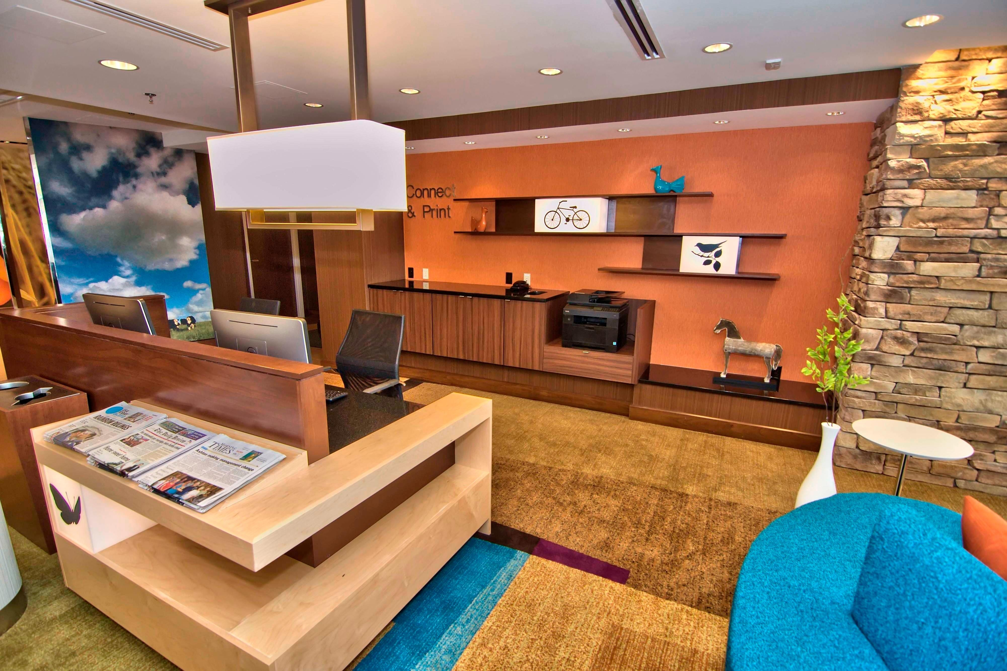 Towanda hotel business center