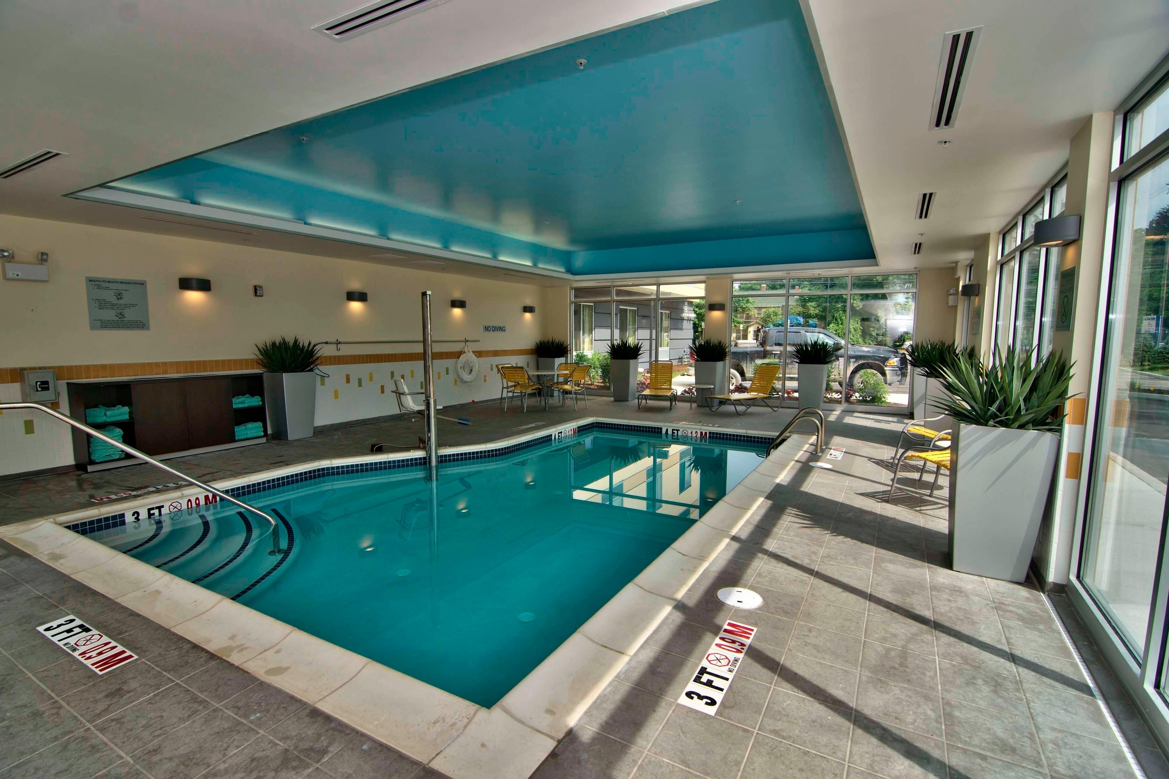 Towanda hotel indoor pool