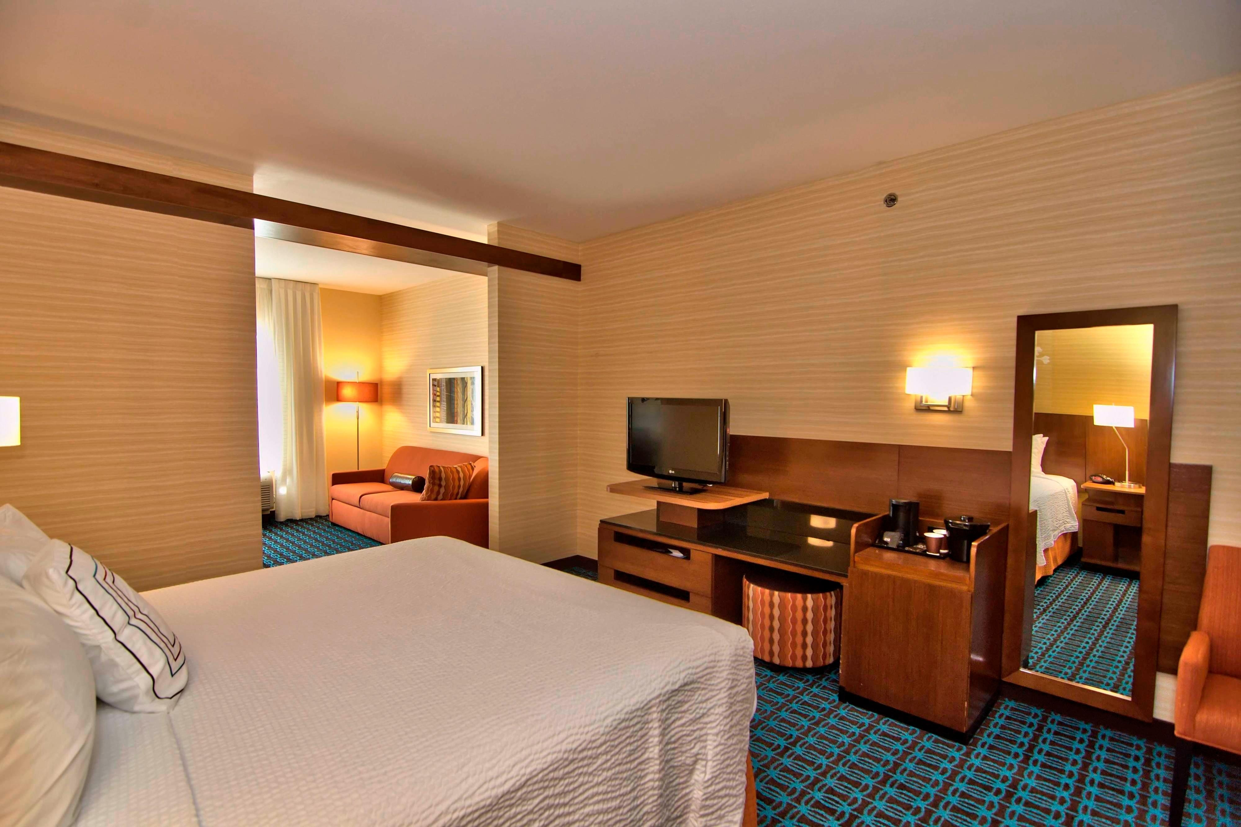 Towanda hotel king suite