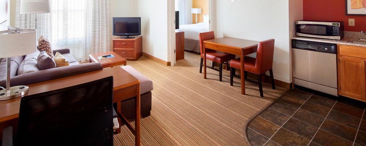Suite mit einem Schlafzimmer im Extended Stay Birmingham Homewood Hotel