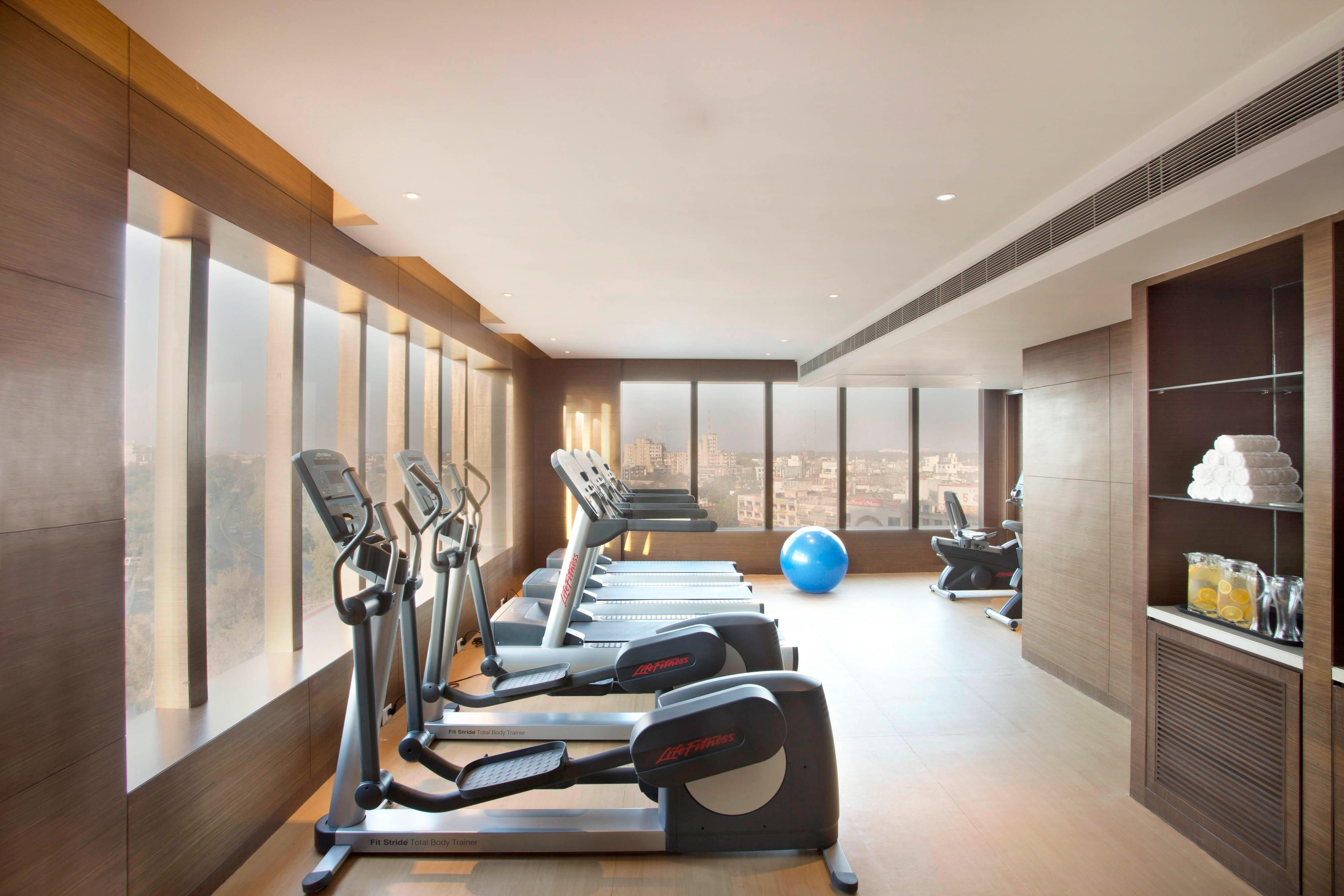 Fitness centre in Bhopal hotel