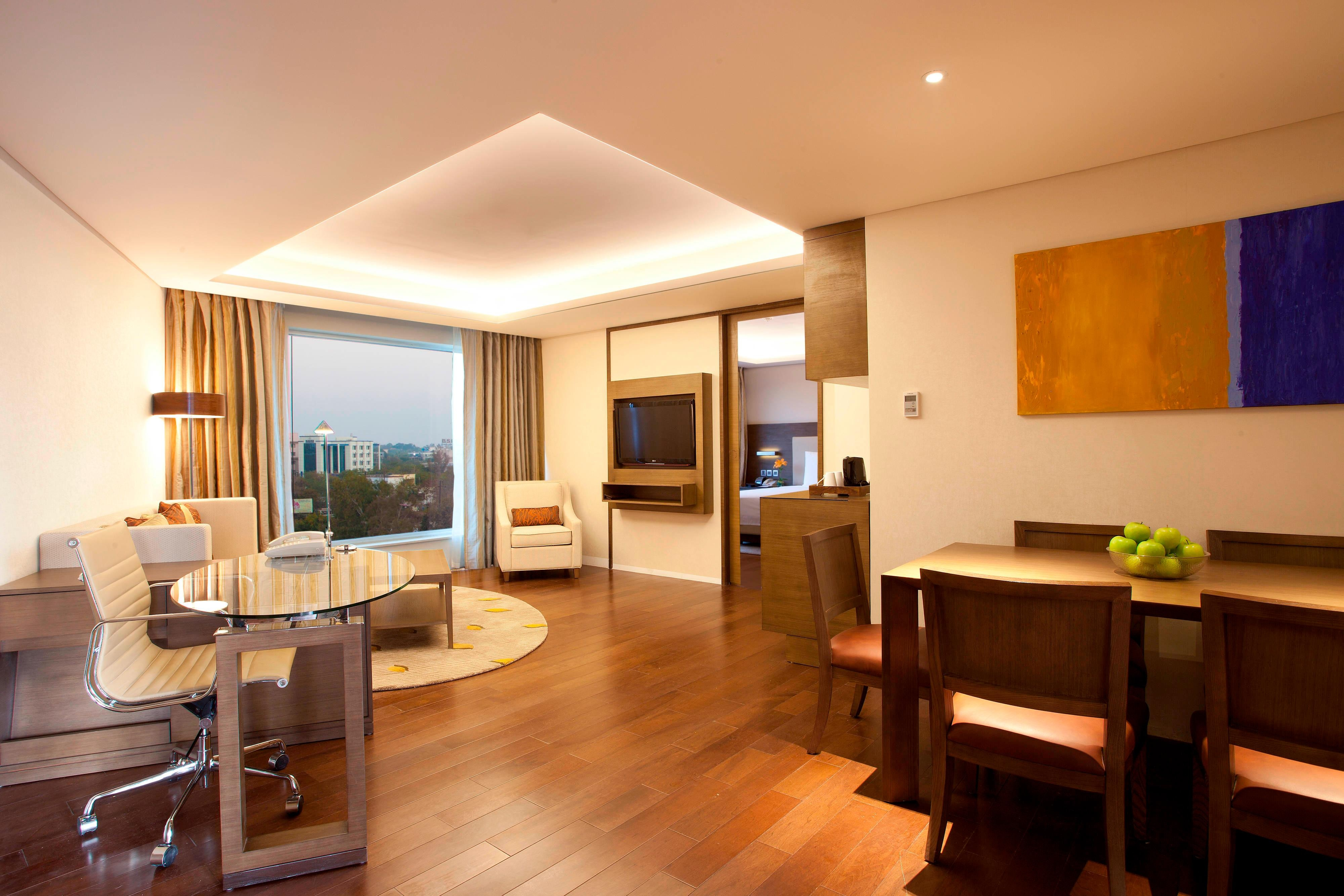 Courtyard Bhopal suite living area