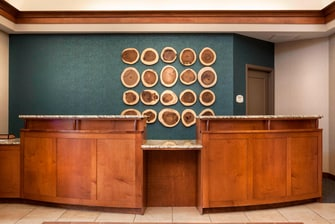 Billings, MT hotel front desk