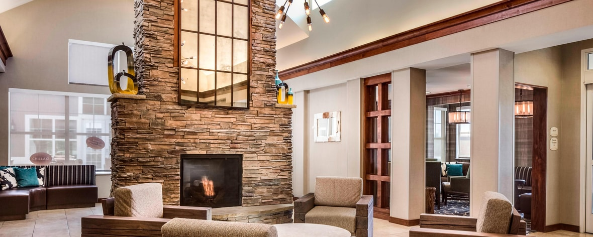 Billings, Montana hotel lobby fireplace