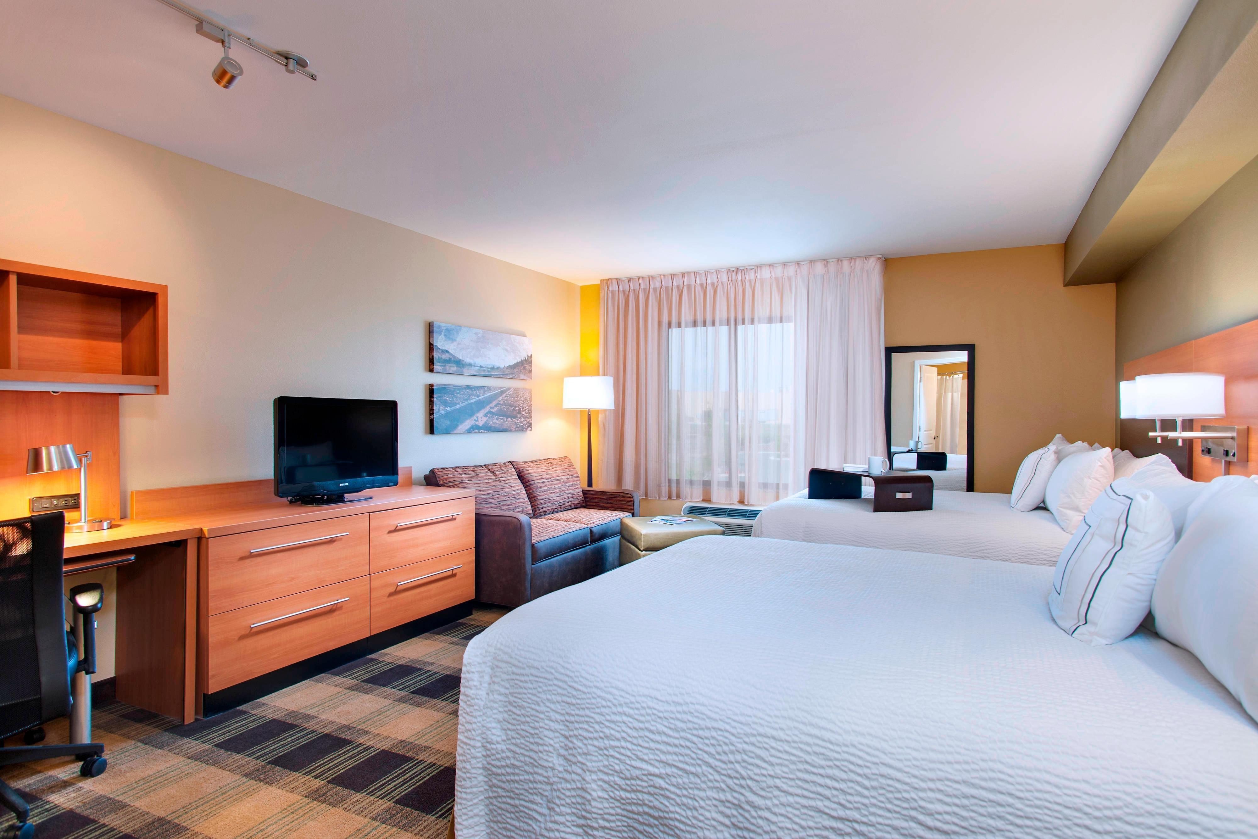 Towneplace suites billings hotel amenities hotel room for Billings plan room