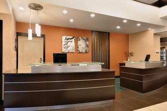 Bismarck ND hotel rooms & suites
