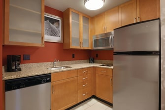 hotel suites with kitchen bismarck