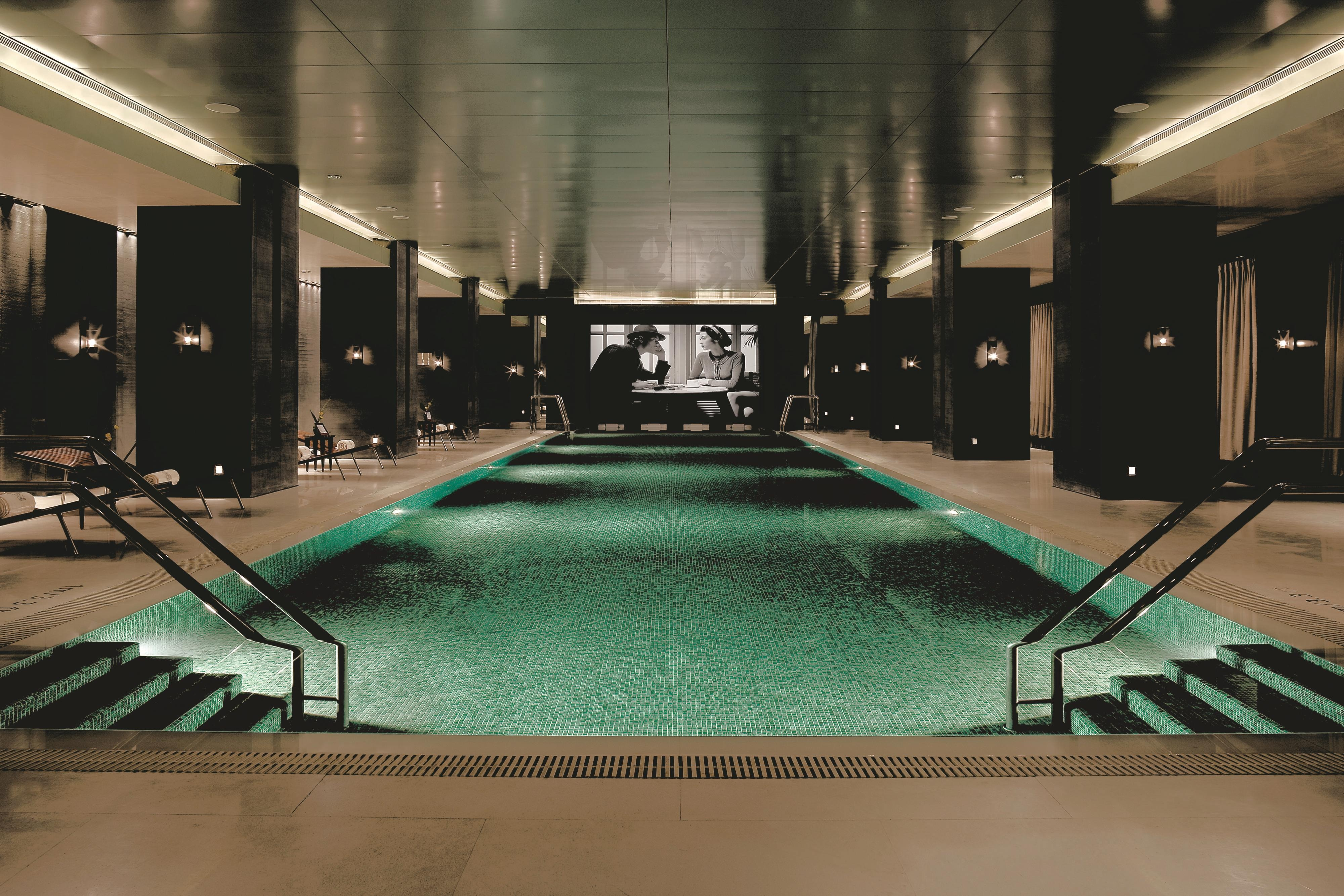Luxurious Beijing Indoor swiming pool feature movie screening
