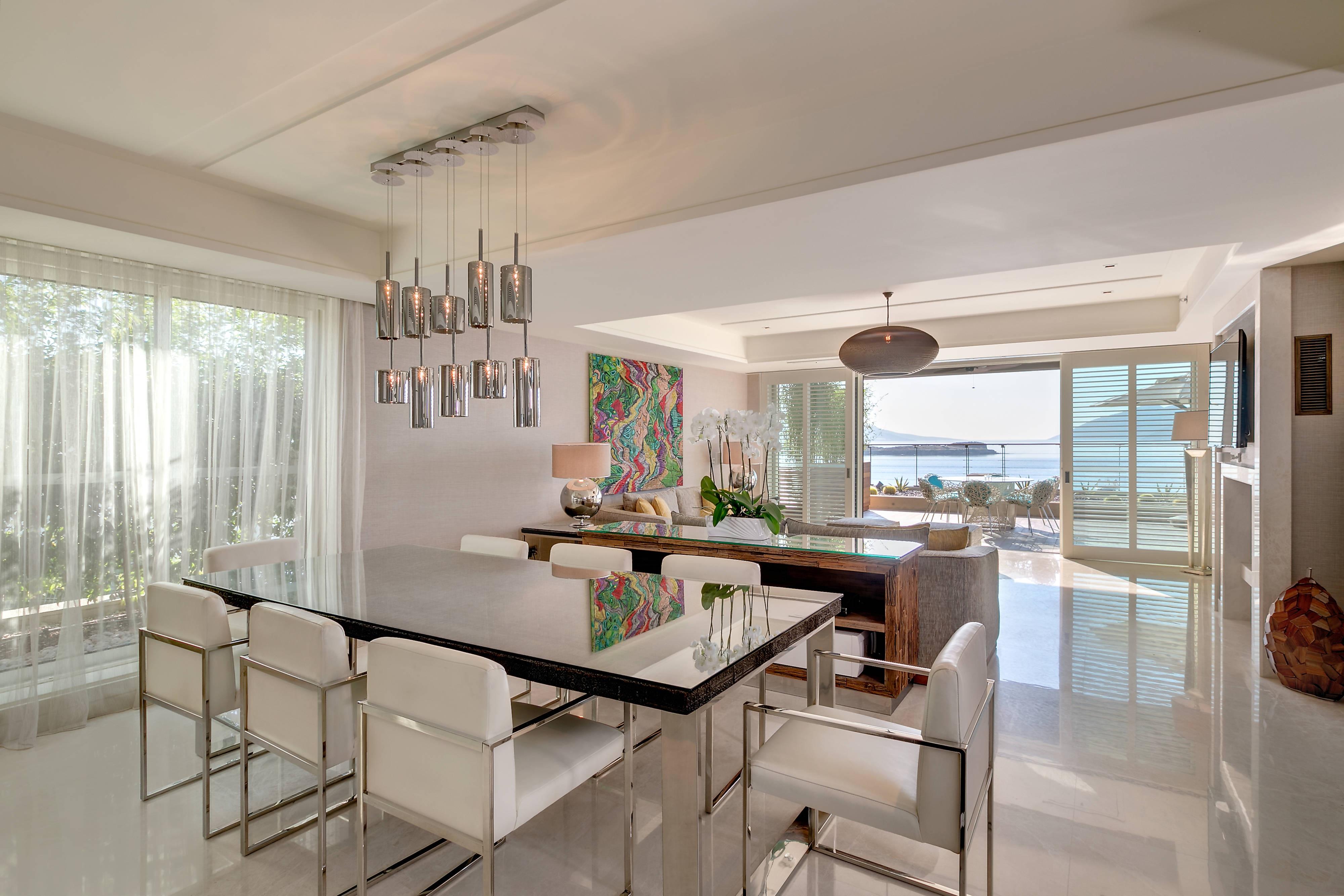 King Villa - Living Room