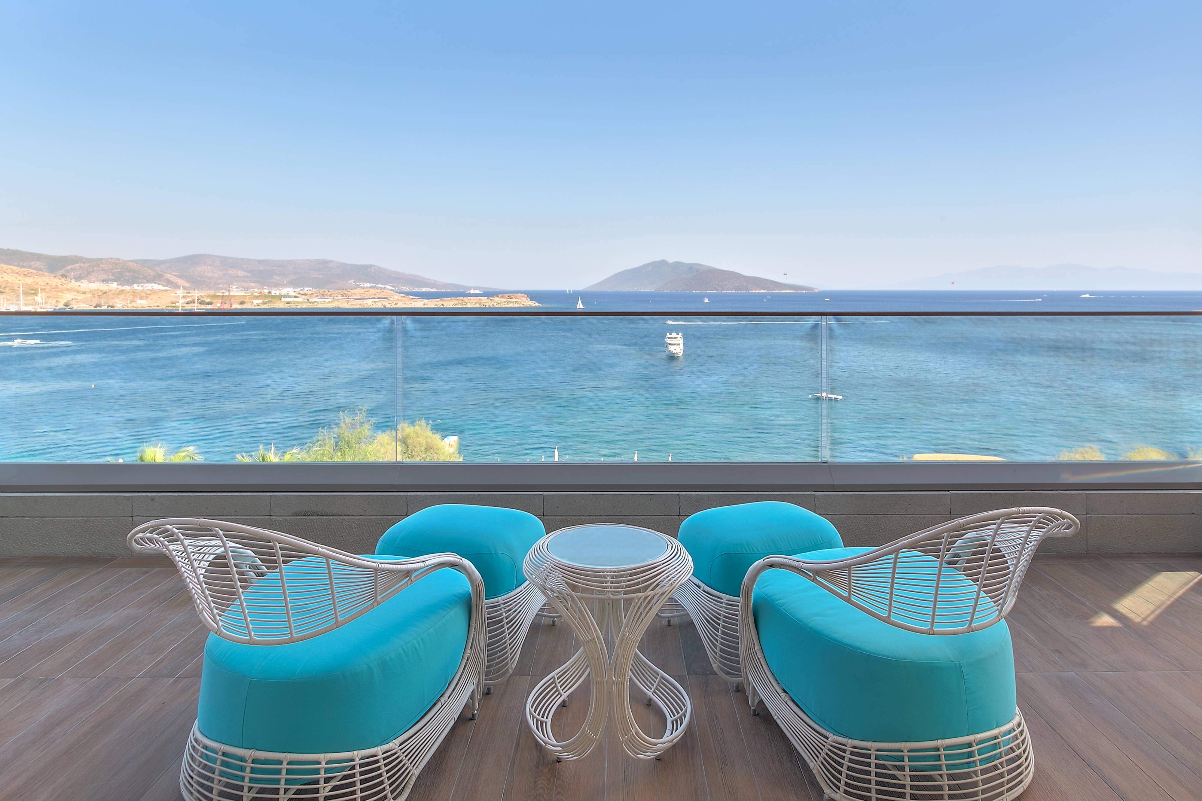 King Villa - Balcony
