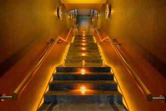SPA Caresse Stairways