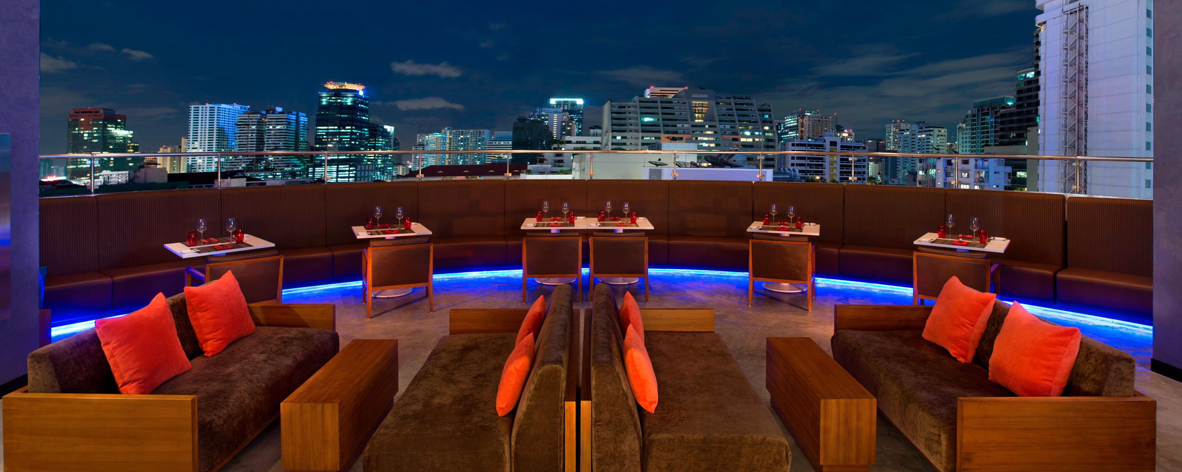Crave Wine Bar and Restaurant - outdoor terrace