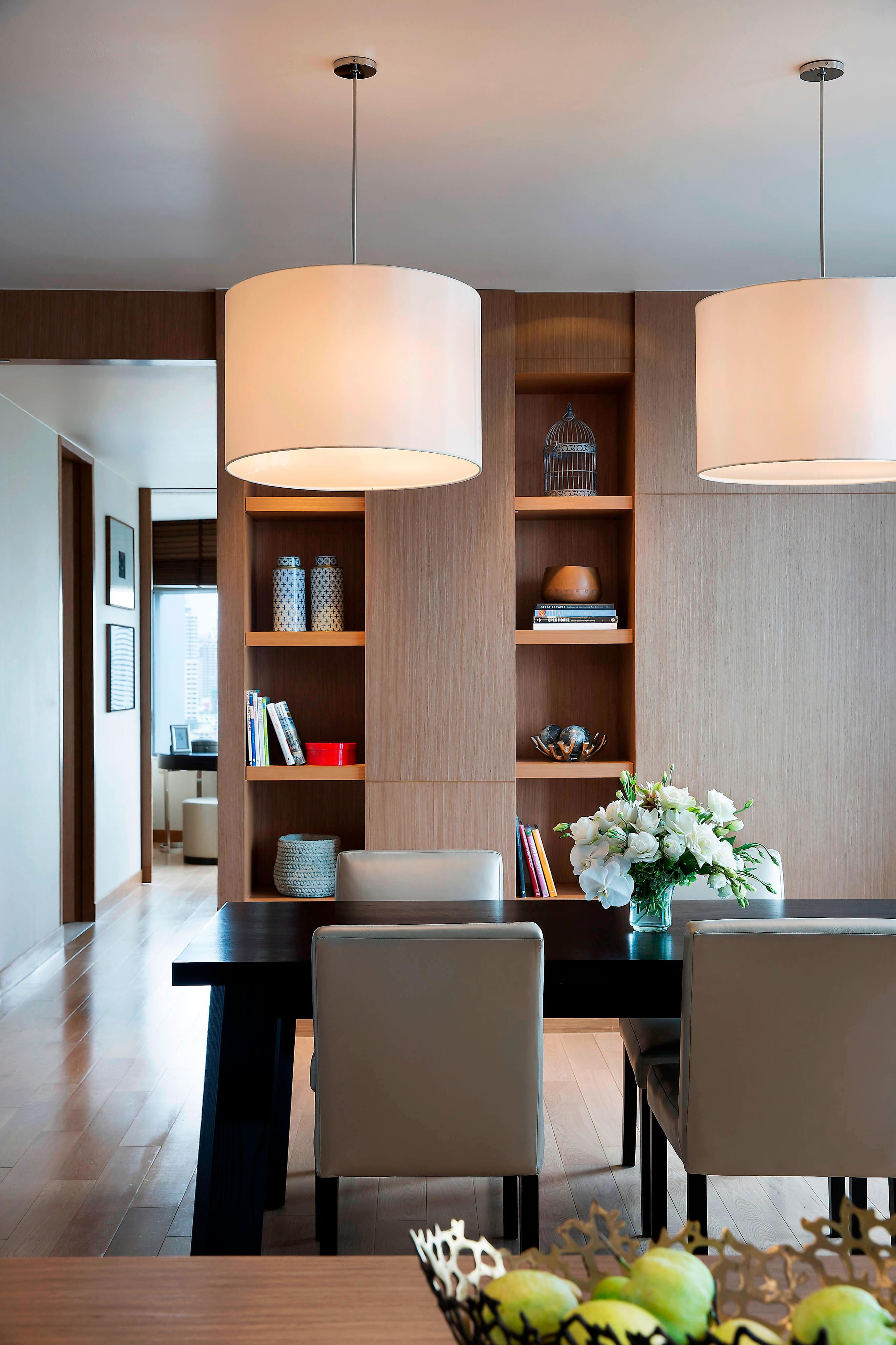 Three-Bedroom Apartment – Dining Area
