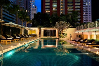 Bangkok hotels with pool