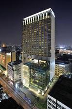 Le Méridien Bangkok Hotel Façade
