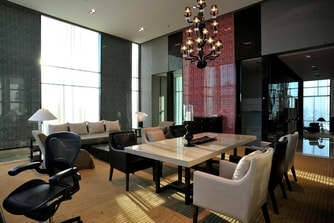 Grande Avantgarde Suite Living Room