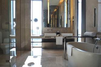 Grande Avantgarde Suite Bathroom