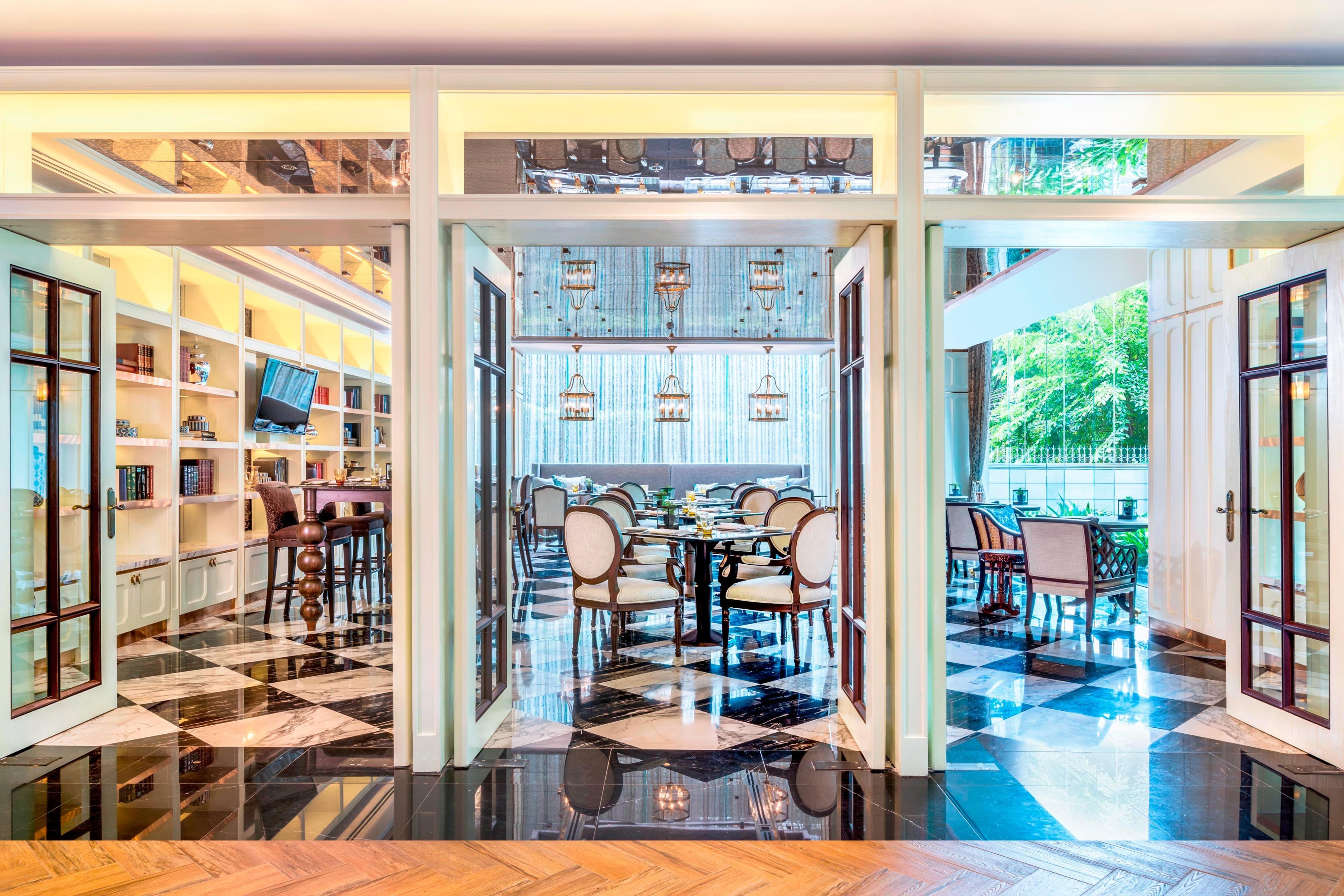 The Rain Tree Cafe - Valaya Room