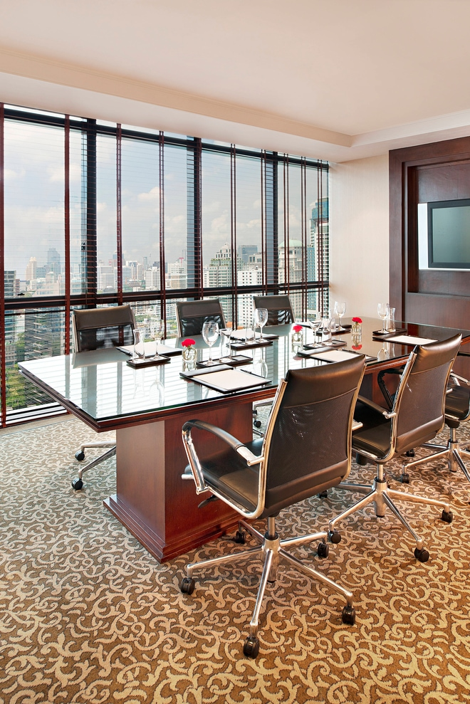 Le Royal Club Lounge - Meeting Room