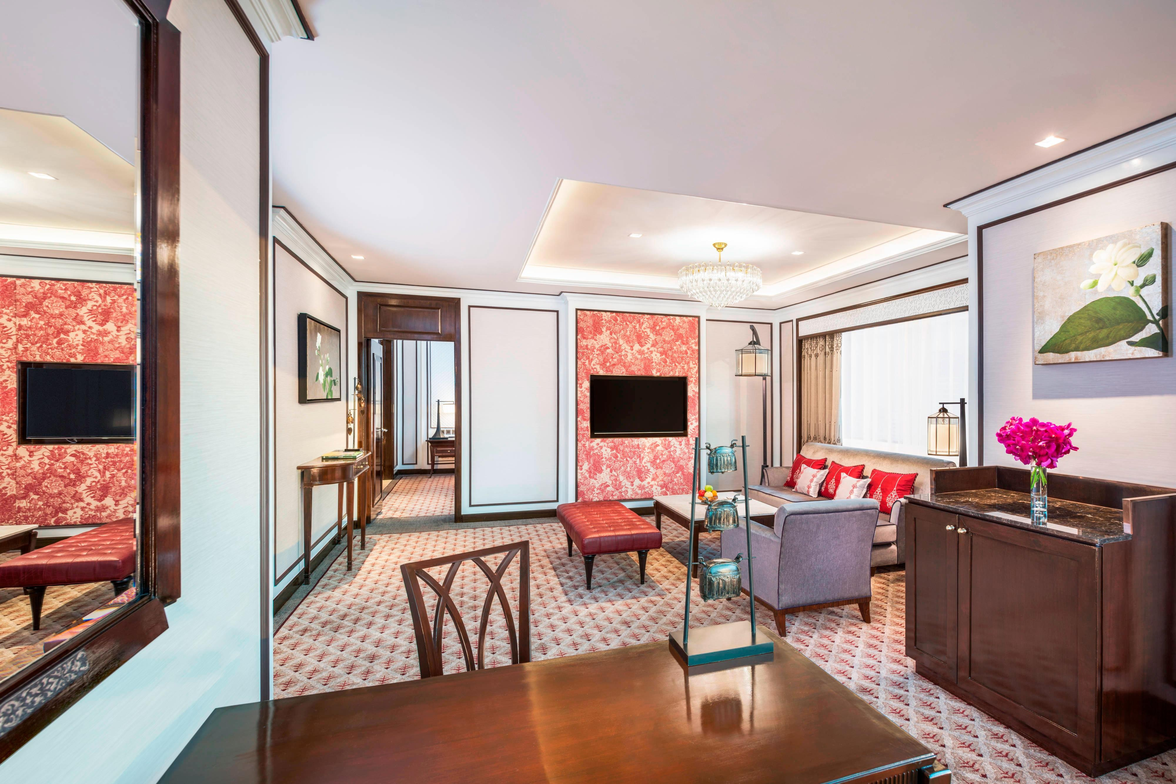 Athenee Suite - Living Room