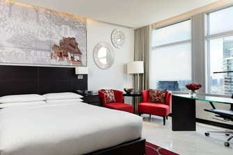 Luxury Hotels Deluxe Room in Bangkok