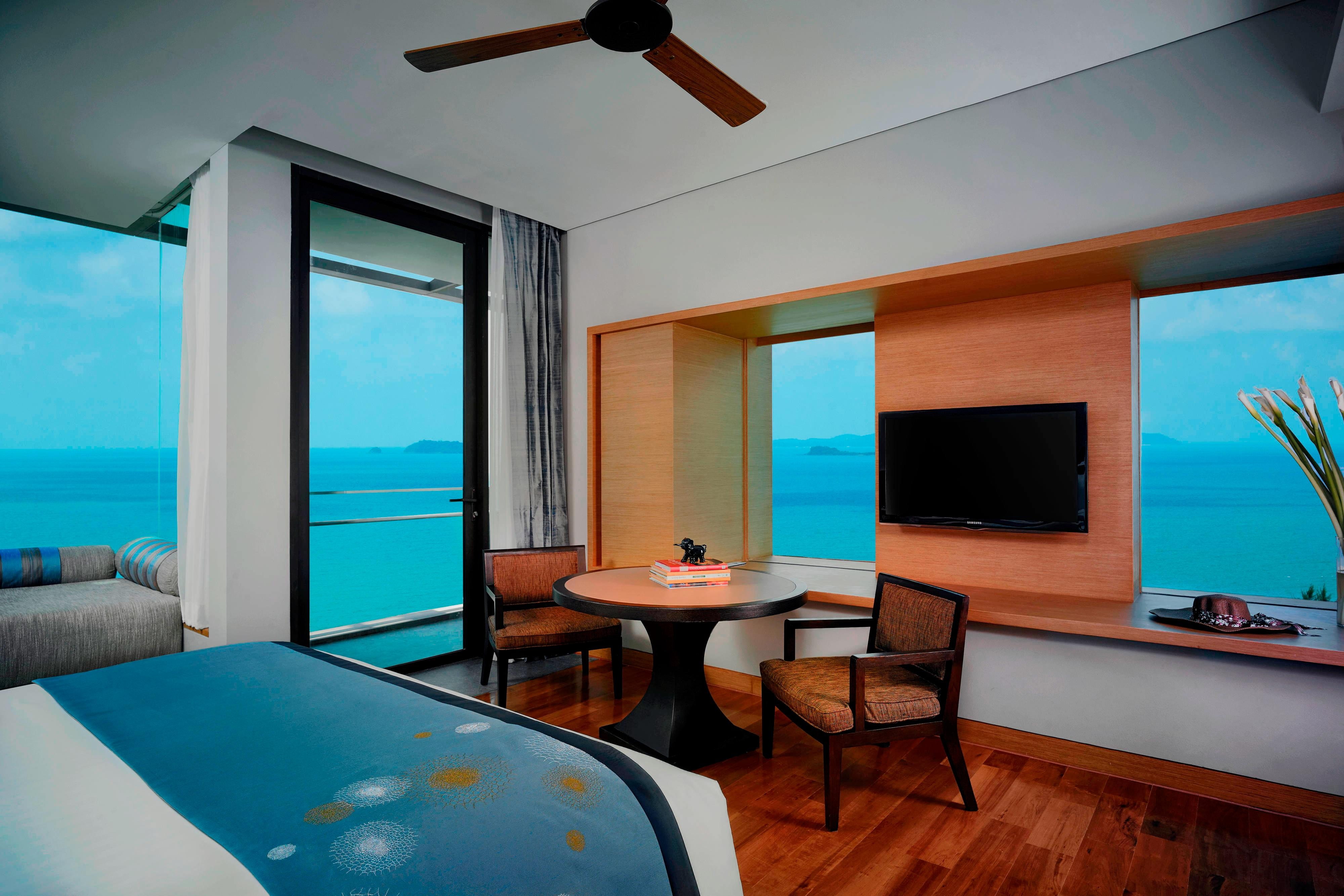 Premier Ocean View King Guest room