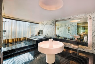 Extreme Wow Suite - Bathroom