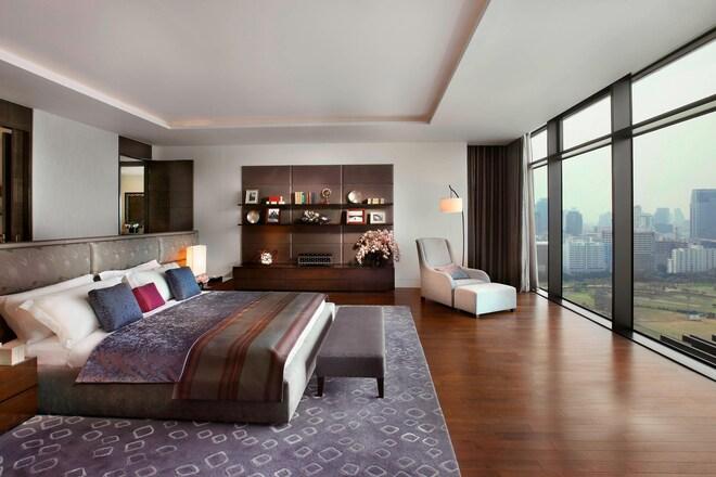 St. Regis Residence - Bedroom