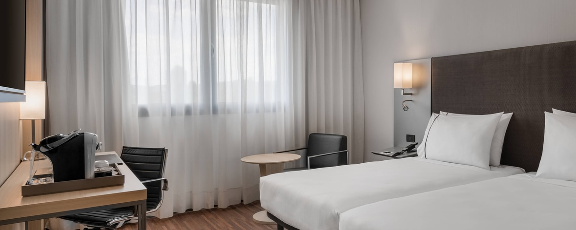 Marriott Hotel in Bologna 40 minutes from Florence ...