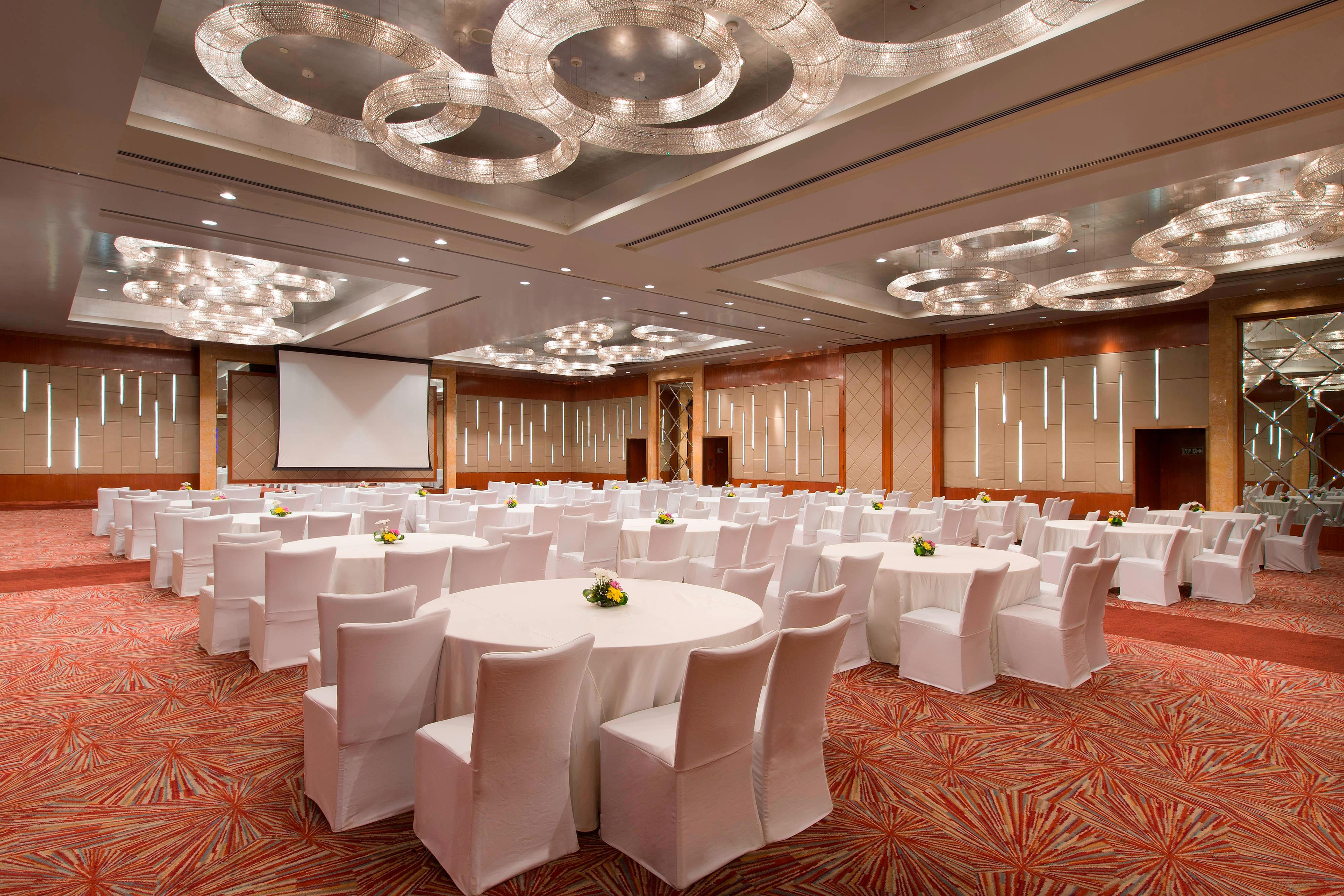 Grand Ballroom Cluster Style